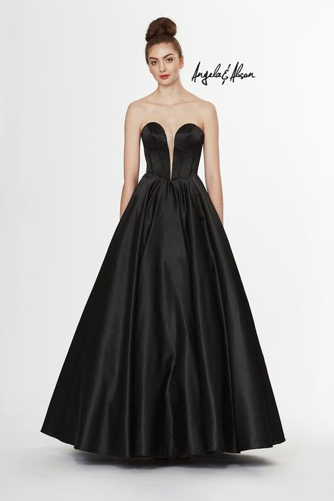 Style 91071 gown from the 2019 Angela & Alison Prom collection, as seen on dressfinder.ca