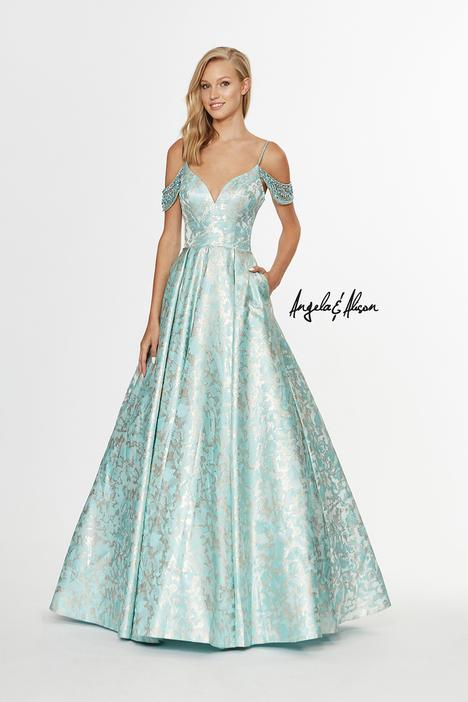 Style 91082 gown from the 2019 Angela & Alison Prom collection, as seen on dressfinder.ca