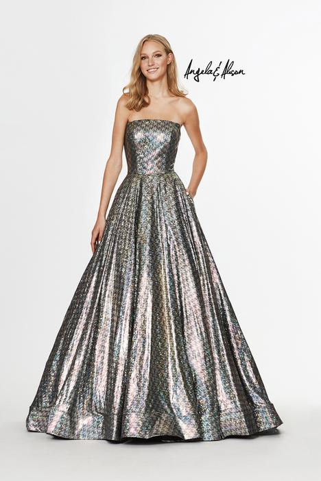 Style 91127 gown from the 2019 Angela & Alison Prom collection, as seen on dressfinder.ca