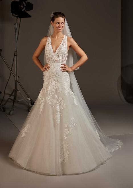 Fay Wedding                                          dress by Pronovias