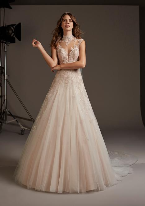 Leonis Wedding                                          dress by Pronovias