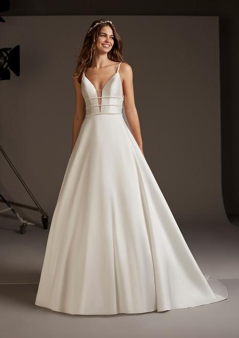 Serpens Wedding                                          dress by Pronovias