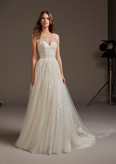 Venua Wedding                                          dress by Pronovias