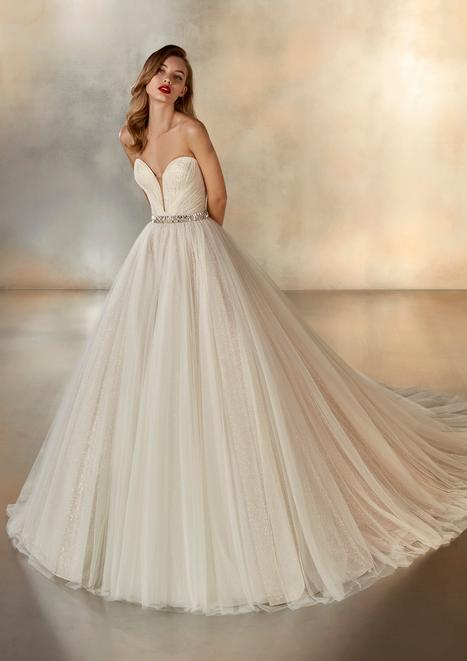 Night Wedding                                          dress by Pronovias Atelier