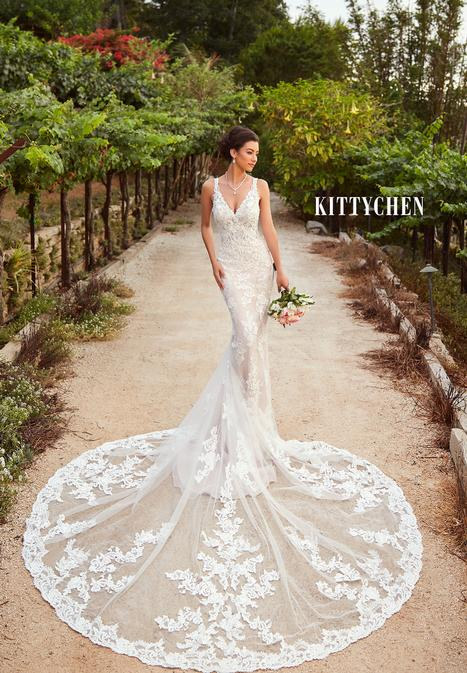 Mariana Wedding                                          dress by KittyChen