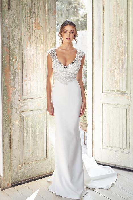 Sorrento Crepe Wedding                                          dress by Anna Campbell