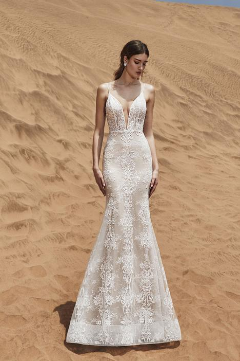 Johna Wedding                                          dress by Calla Blanche