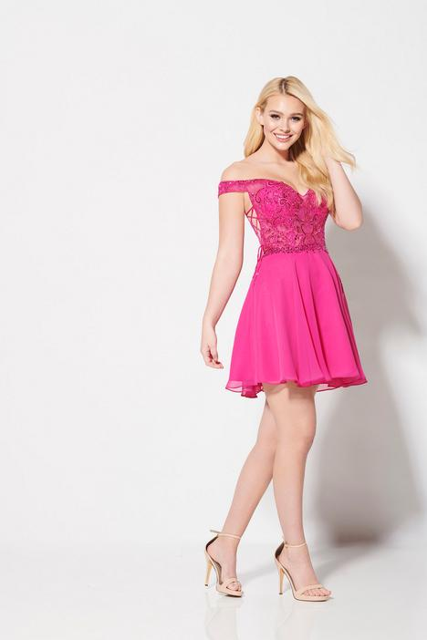 Style EW21939S gown from the 2019 Ellie Wilde collection, as seen on dressfinder.ca