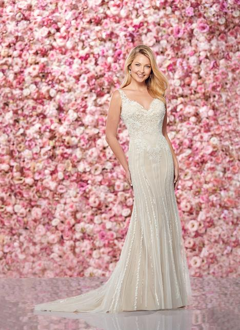 Style 219131 gown from the 2019 Enchanting by Mon Cheri collection, as seen on dressfinder.ca
