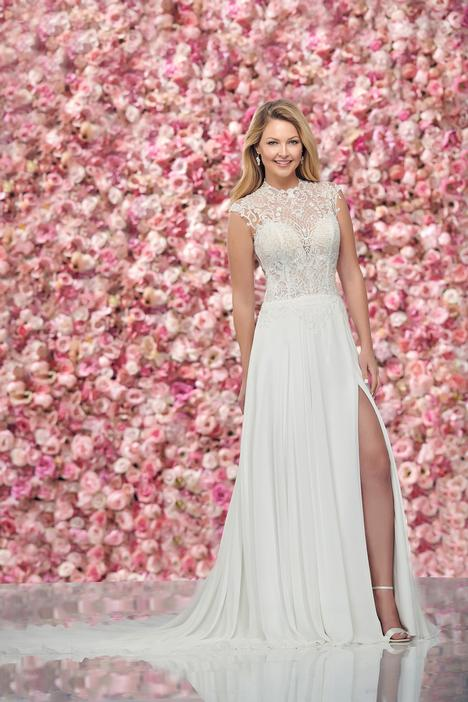 Style 219147 gown from the 2019 Enchanting by Mon Cheri collection, as seen on dressfinder.ca