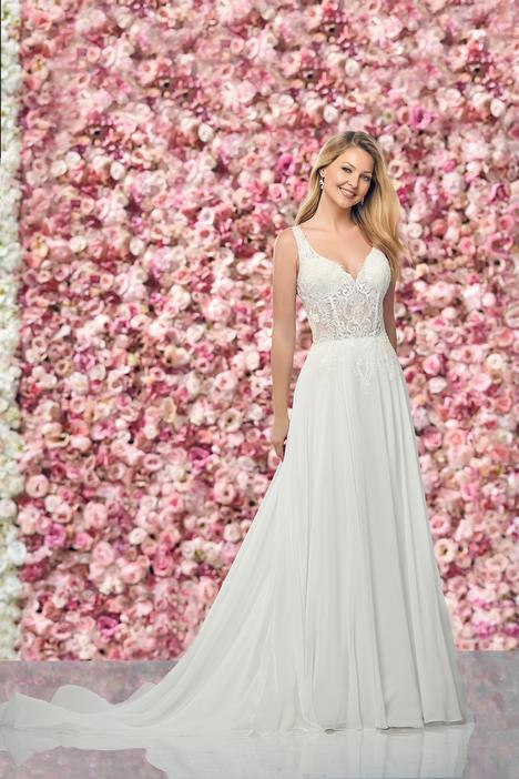 Style 219150 gown from the 2019 Enchanting by Mon Cheri collection, as seen on dressfinder.ca