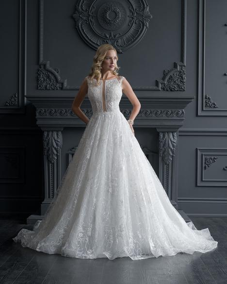 Style 5608 gown from the 2020 Romantic Bridals: Hearts Desire collection, as seen on dressfinder.ca