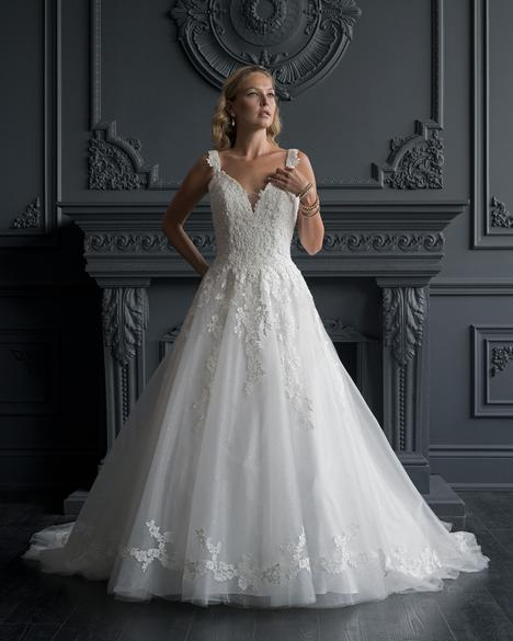 Wedding                                          dress by Romantic Bridals: Hearts Desire
