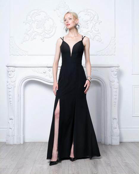 Style 8139 gown from the 2020 Romantic Maids collection, as seen on dressfinder.ca