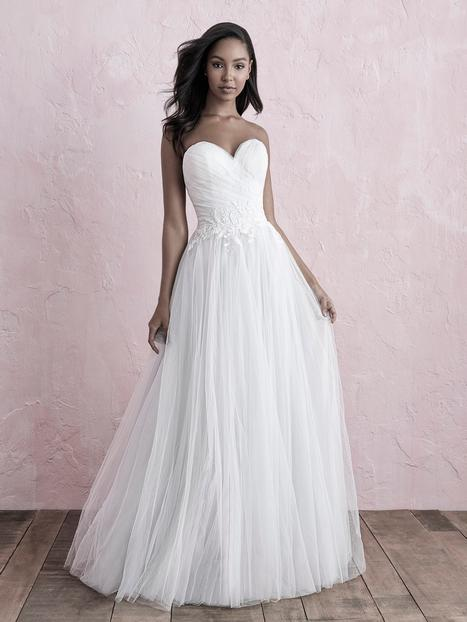 Style 3263F gown from the 2019 Allure Romance collection, as seen on dressfinder.ca