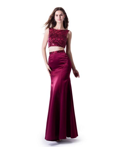 Prom                                             dress by Venus Modest Prom