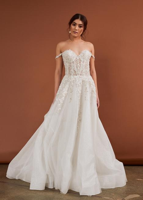 Style CZ356 gown from the 2020 Cizzy Bridal collection, as seen on dressfinder.ca