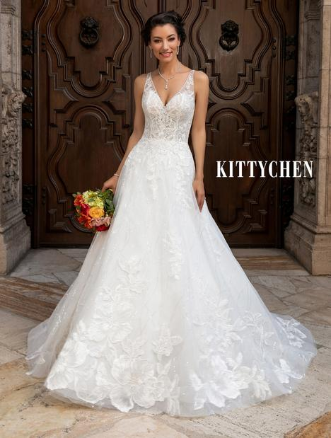 Becca Wedding                                          dress by KittyChen