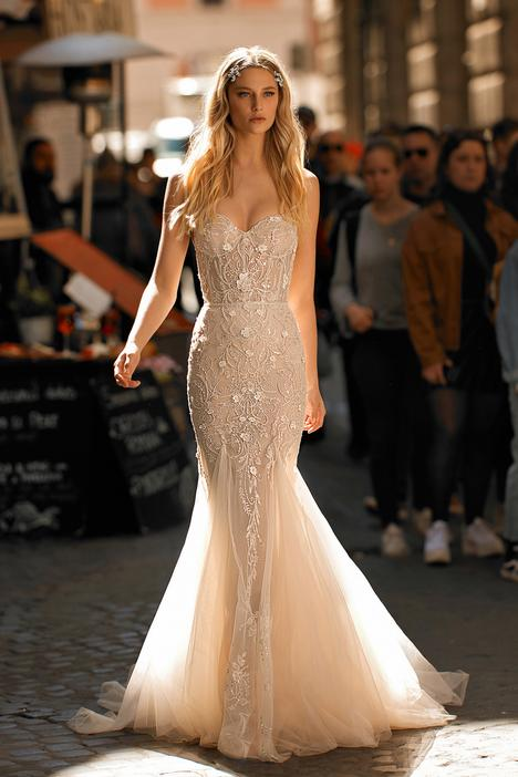 Style 20-P04 gown from the 2020 Berta Privée collection, as seen on dressfinder.ca