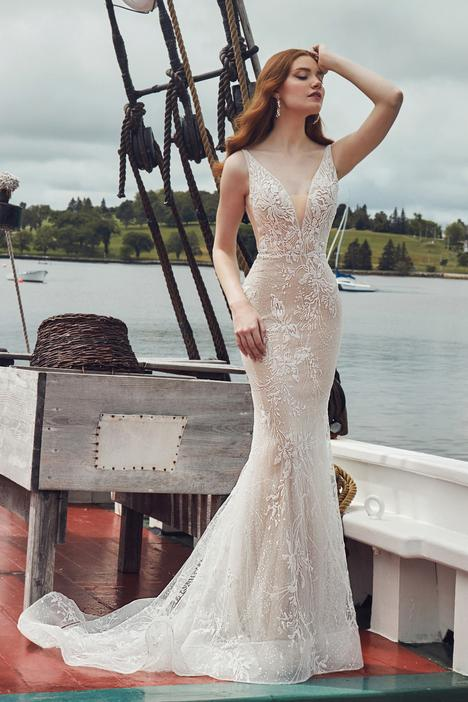 London Wedding                                          dress by L'Amour by Calla Blanche