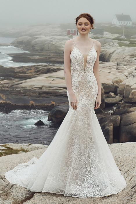 Deja Wedding                                          dress by L'Amour by Calla Blanche