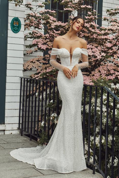 Henrietta Wedding                                          dress by Calla Blanche
