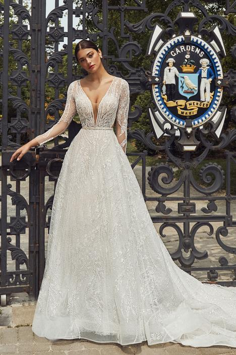 Reghan Wedding                                          dress by Calla Blanche