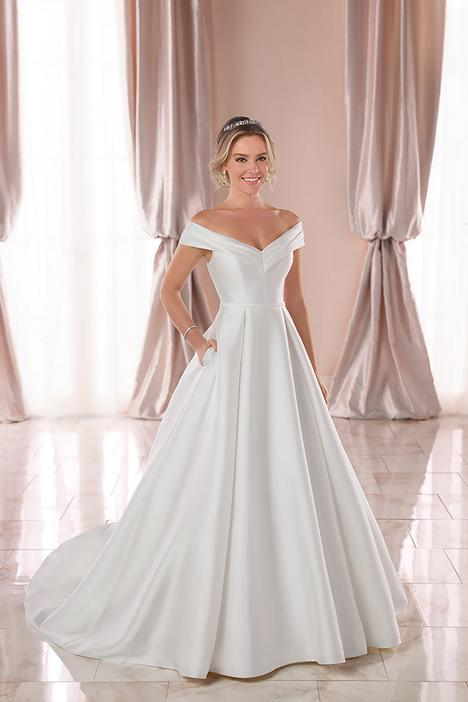 Style 6865 gown from the 2019 Stella York collection, as seen on dressfinder.ca