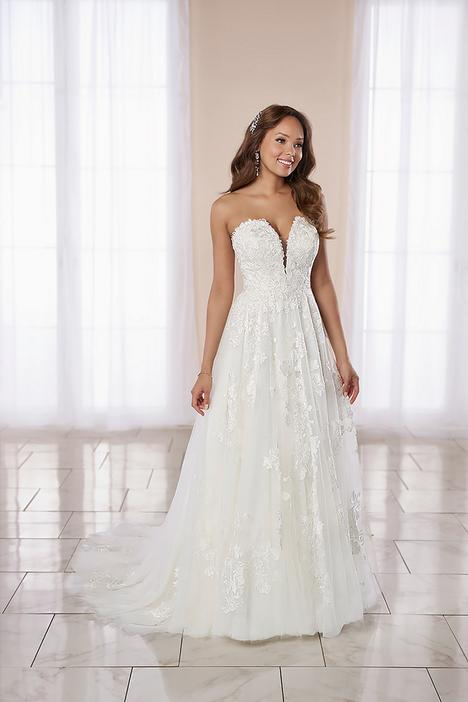 Wedding                                          dress by Stella York