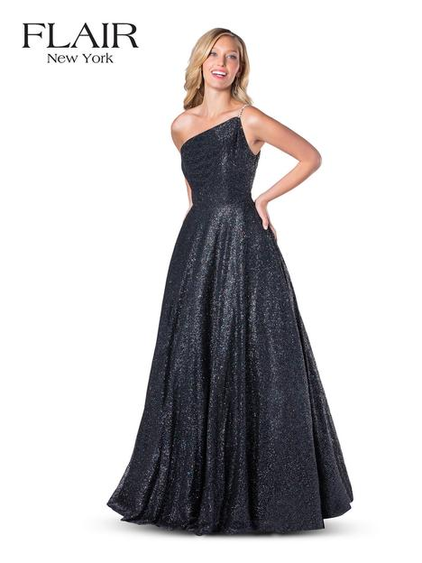 Style 20093 gown from the 2020 Flair Prom collection, as seen on dressfinder.ca