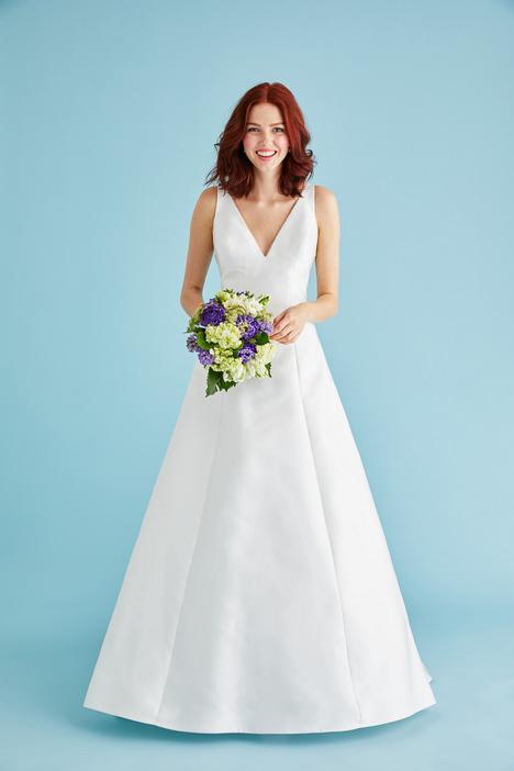 Kira Wedding                                          dress by Lea-Ann Belter