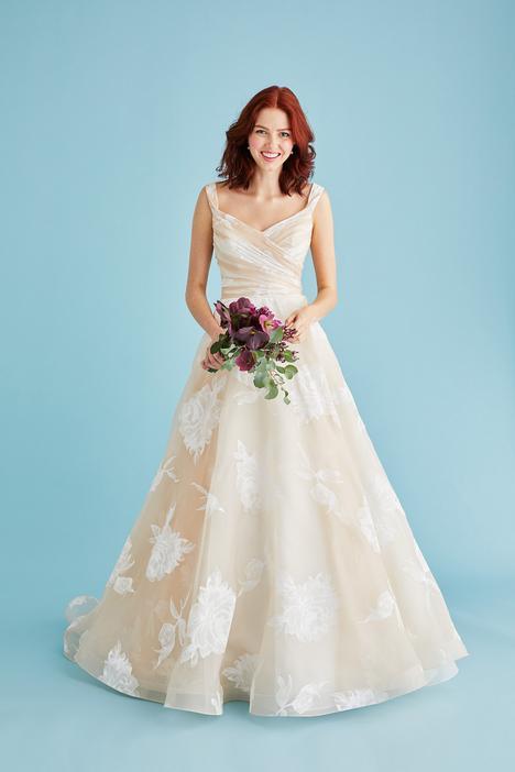 Valentina Wedding                                          dress by Lea-Ann Belter