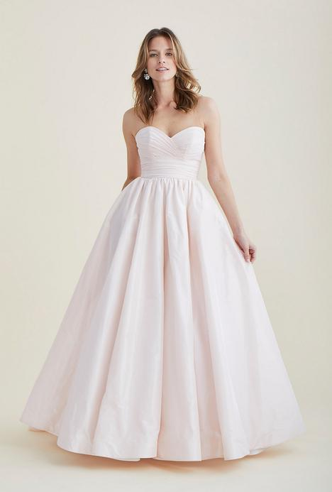 Heavenly gown from the 2020 Astrid & Mercedes collection, as seen on dressfinder.ca