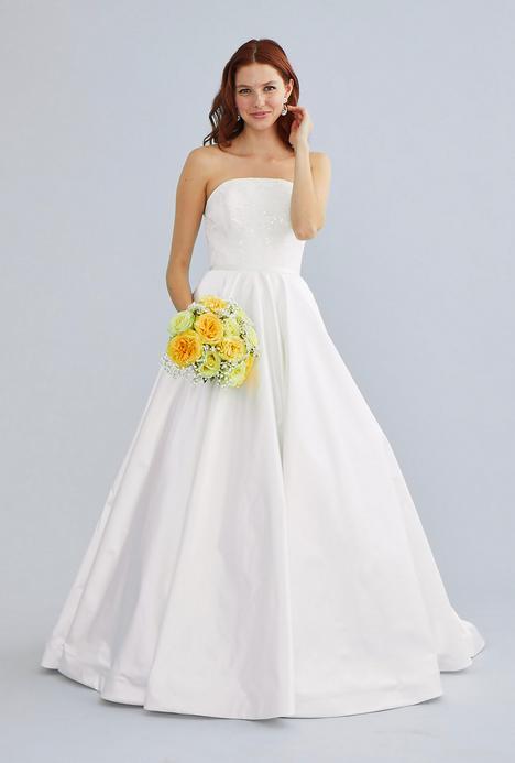 Brie Wedding                                          dress by Lea-Ann Belter