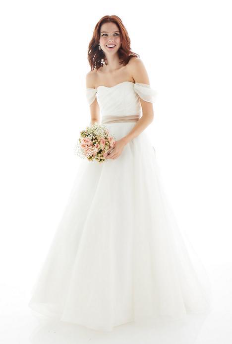 Summer Wedding                                          dress by Lea-Ann Belter