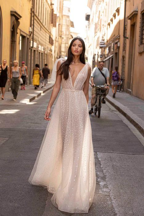 Fernanda Wedding                                          dress by Muse by BERTA