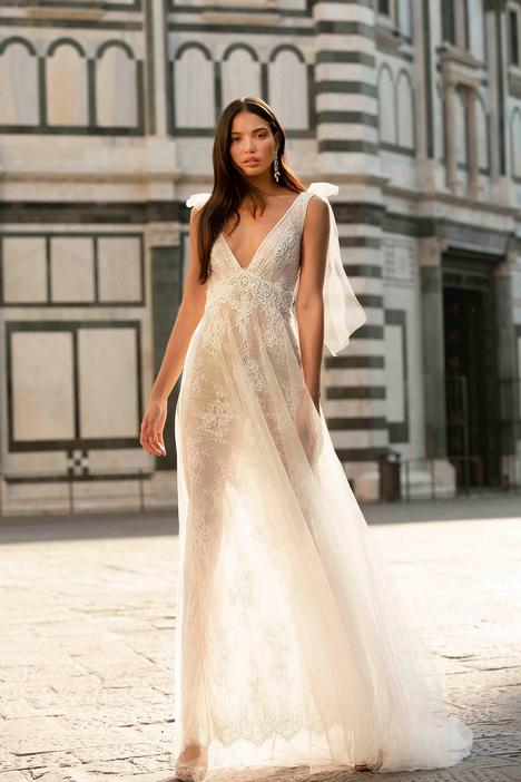 Flavia Wedding                                          dress by Muse by BERTA