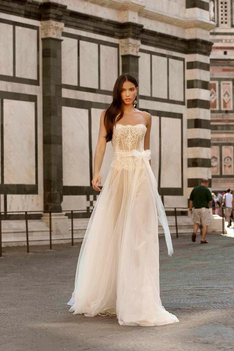 Felicia Wedding                                          dress by Muse by BERTA