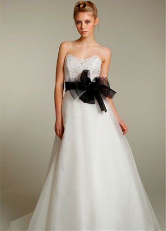 2151 gown from the 2011 Tara Keely collection, as seen on dressfinder.ca