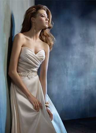 2152 gown from the 2011 Tara Keely collection, as seen on dressfinder.ca