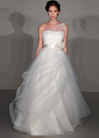 9216 Wedding                                          dress by Alvina Valenta