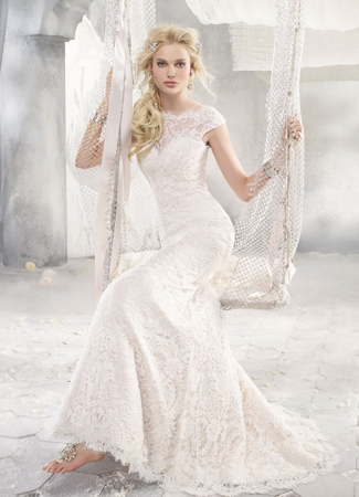 9258 Wedding                                          dress by Alvina Valenta