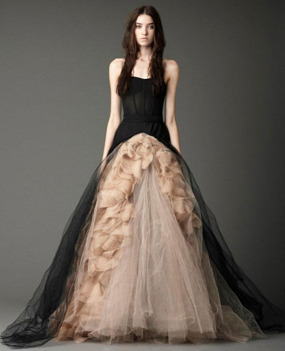 Joelle gown from the 2012 Vera Wang collection, as seen on dressfinder.ca