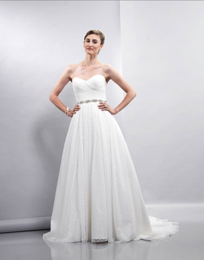 Ella gown from the 2013 Lis Simon collection, as seen on dressfinder.ca