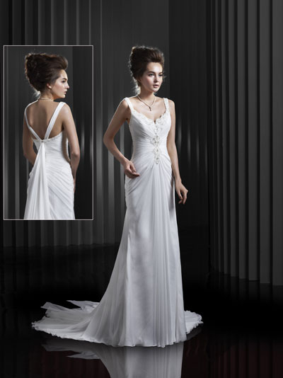 BT13-4 Wedding                                          dress by Enzoani Beautiful Bridal