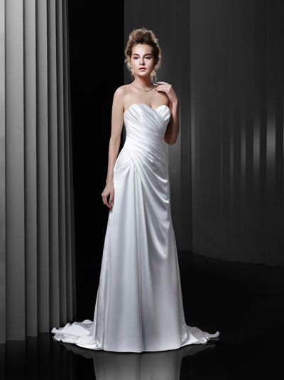 BT13-23 Wedding dress by Enzoani Beautiful Bridal