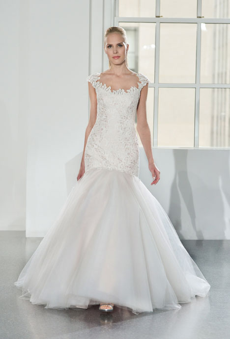 L560 gown from the 2014 Legends Romona Keveza collection, as seen on dressfinder.ca