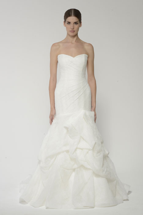 1419L gown from the 2014 Monique Lhuillier: Bliss collection, as seen on dressfinder.ca