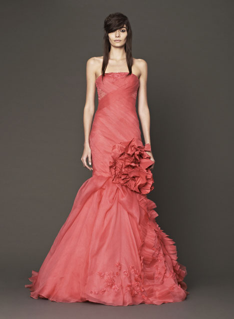 Noelle gown from the 2014 Vera Wang collection, as seen on dressfinder.ca