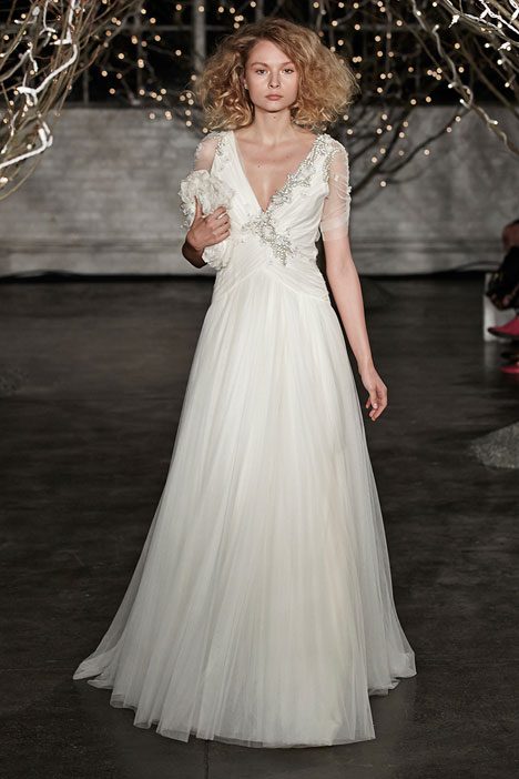 Amour gown from the 2014 Jenny Packham collection, as seen on dressfinder.ca